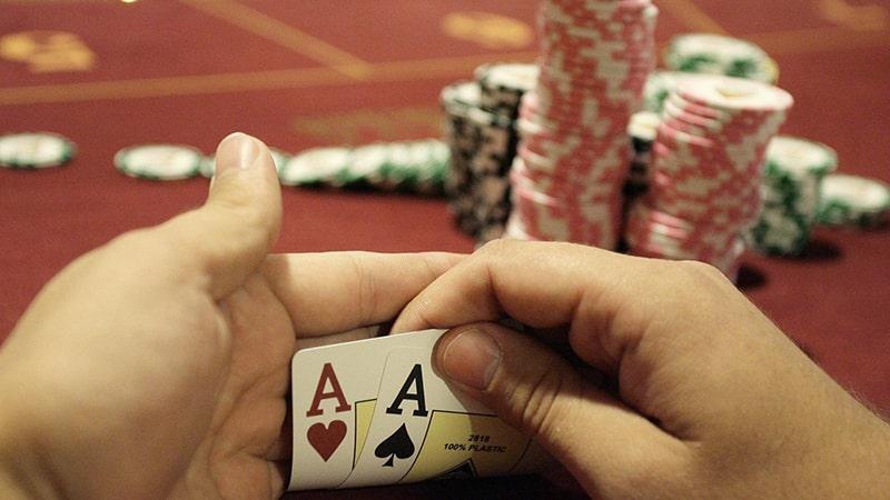 situs daftar agen judi poker pkv games online terpercaya indonesia uang asli deposit murah